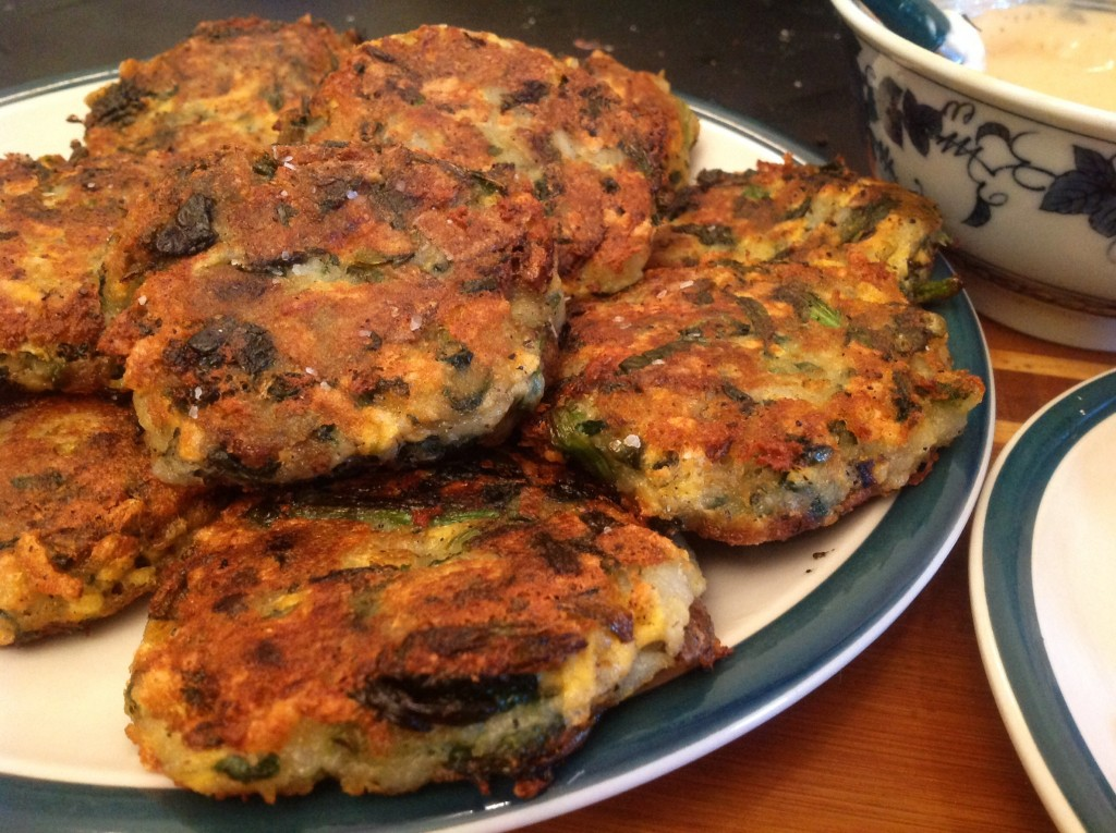 Potato Spinach Fritters with Daiya (2)