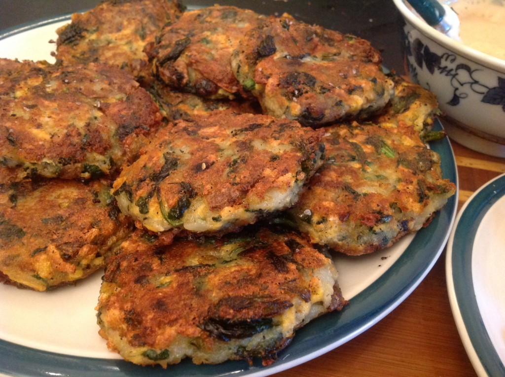 Potato Spinach Fritters with Daiya (54)